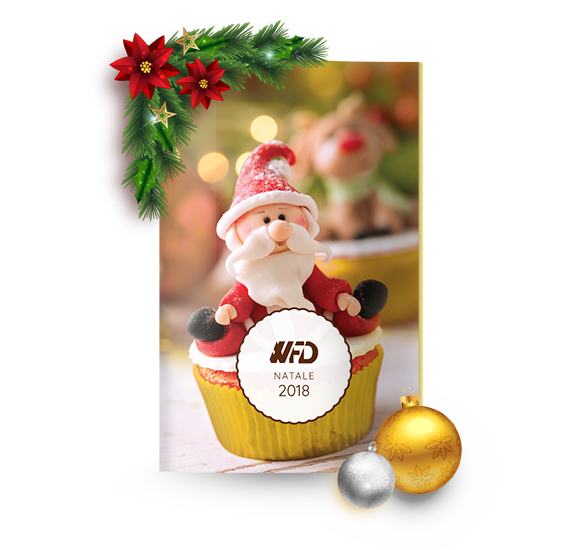 2018 Christmas catalogue with cupcakes